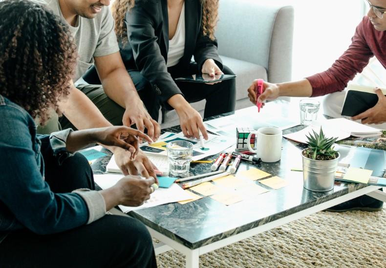 brainstorm-meeting